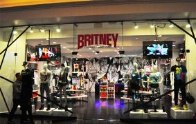 Britney store_157733167873