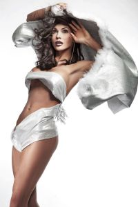 FAN AD WITH SILVER LADY