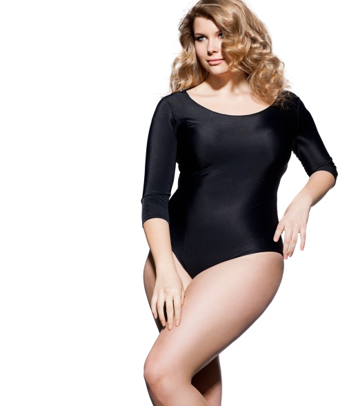 PRETTY PLUS SIZE MODEL.jpg